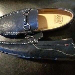 Other - Phat Classic navy blue loafers